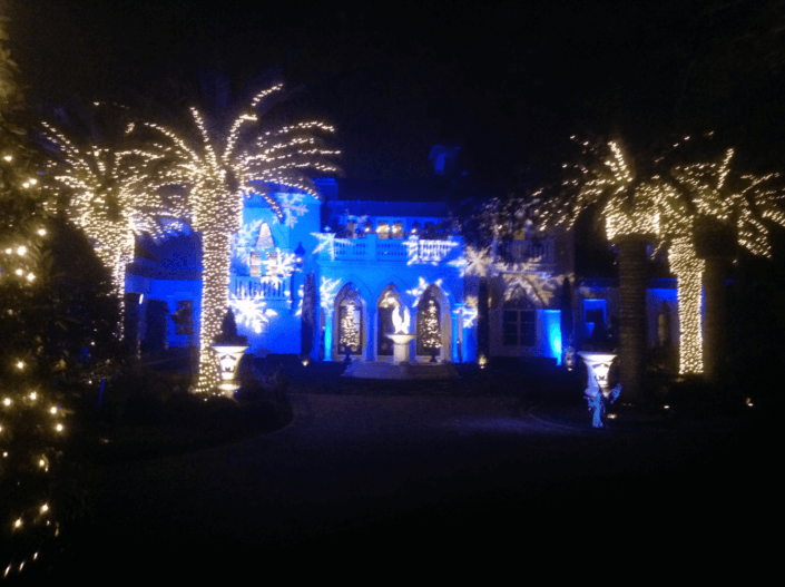 holiday house lighting 705x527 - Gallery